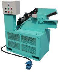 スタンダードモデル HAS-250型油圧式                (三立機械工業)